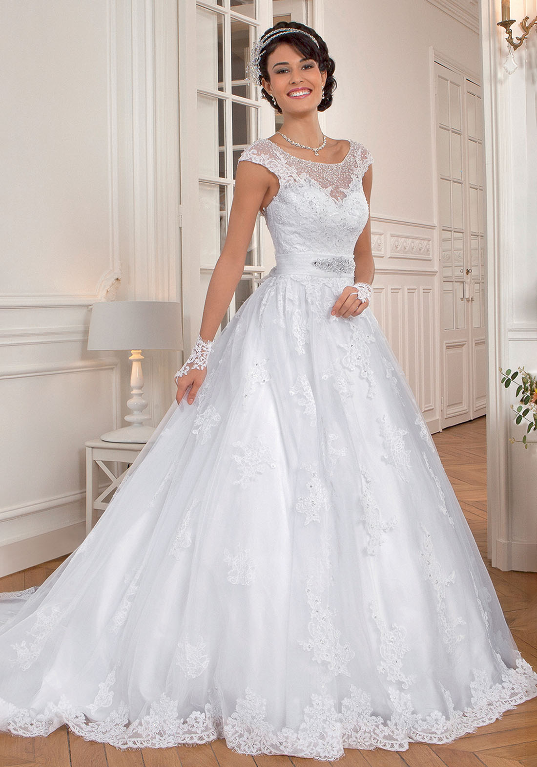 Robe de mari e bella cr ations for Comment faire la robe de mariage cupcake