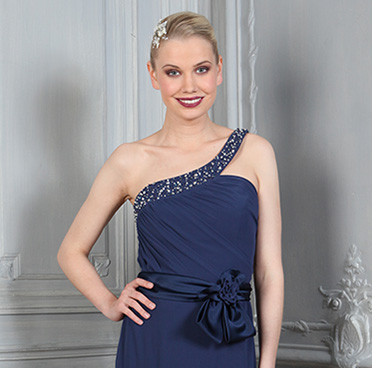 Robe de soiree courte magasin paris